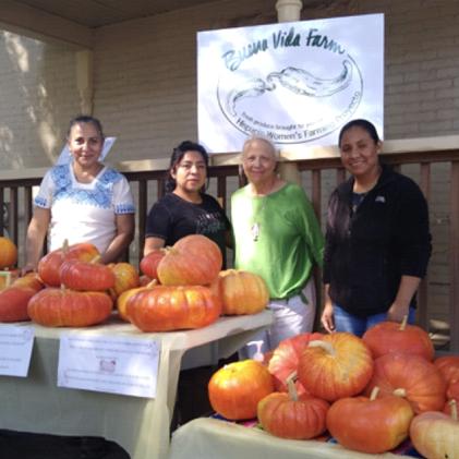 Hispanic Women's Farming Proyecto at Buena Vida Farm